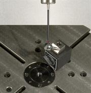 AxiSet Check-Up sphere on 5-axis table